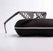 THUG LIFE Pixelated Party Sunglasses